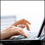 180x180-woman-typing